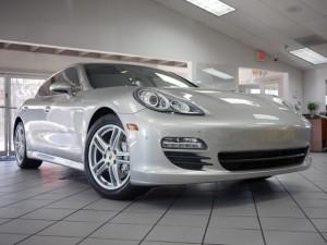 Porsche Panamera S Exterior