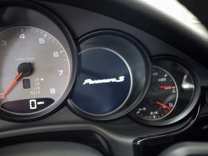 Porsche Panamera S Interior- Fourth Gauge